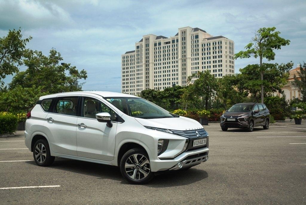 Chọn Mitsubishi Xpander hay thêm tiền mua Toyota Innova?