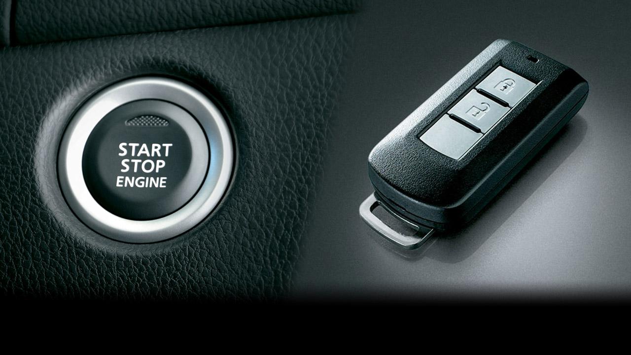 Chìa khóa thông minh và khởi động bằng nút bấm