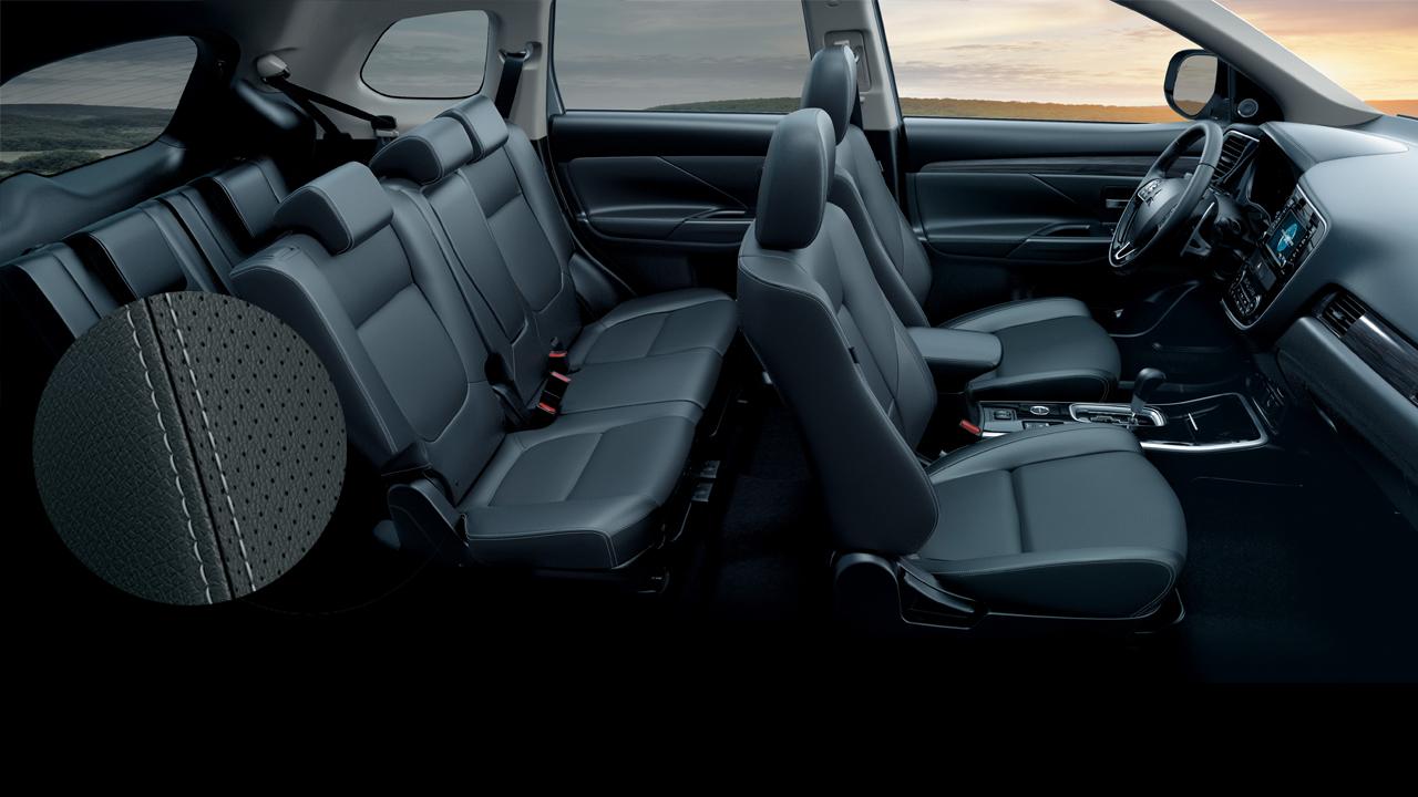 Ghế da với ghế lái chỉnh điện